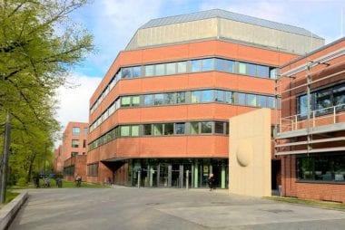 Robert Koch-Institut Eingang Seestraße